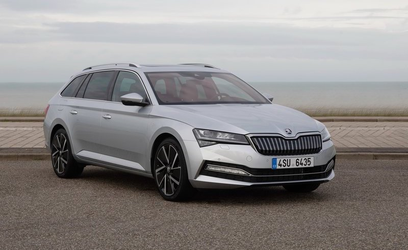 Skoda Superb Diesel Estate 2.0 TDI CR 190 Laurin + Klement 4X4 5dr DSG