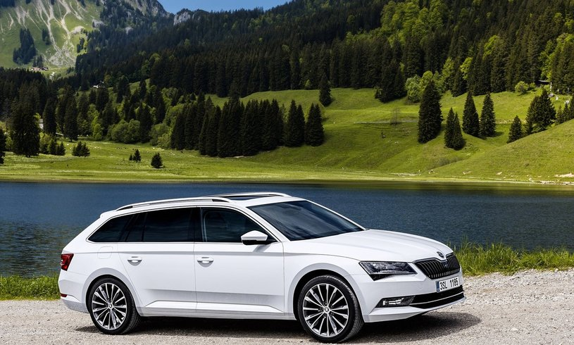 Skoda Superb Diesel Estate 2.0 TDI CR Laurin + Klement 5dr DSG [7 Speed]